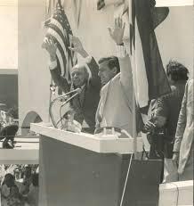 Rafael Hernández recibió numerosos honores a su trayectoria de boricua distinguido en su natal Puerto Rico y en América latina.