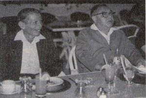 Dos distinguidos locutores: Don Raúl Castro Cecías y Don Fernando Sarlat Sarlat, puntales de la Radio en Yucatán
