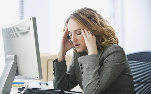 """El Burnout ha sido definido como """"un síndrome de cansancio emocional que se da en individuos que trabajan en contacto con clientes y usuarios""""."""
