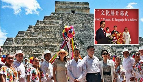 El presidente de China en Chichen Itzá (2014) y en la inauguración en Pekín de la Exposición de Arte Maya (2015).