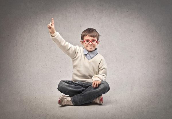 El Síndrome de Asperger se caracteriza por la dificultad para interactuar socialmente, la obsesión y patrones raros en el habla, entre otros.