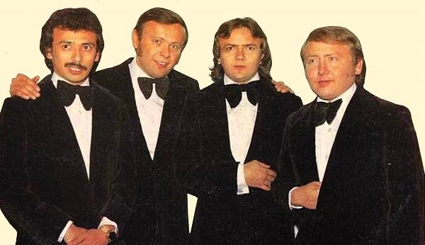 De izquierda a derecha: Enrique, Carlos, Armando y Emilio Ávila Aranda, los famosos Babys.