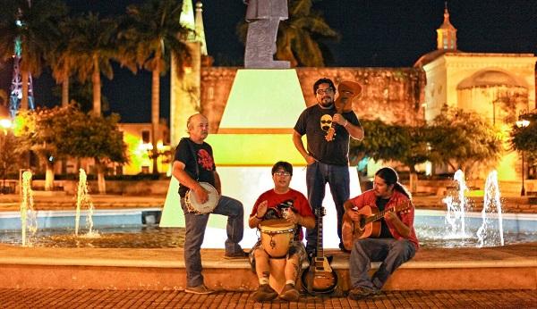 De izquierda a derecha los miembros de In Vitro Music Lab: Jorge Cervera, Rodrigo Tovar, Germán Muñoz y Gabriel Moreno.