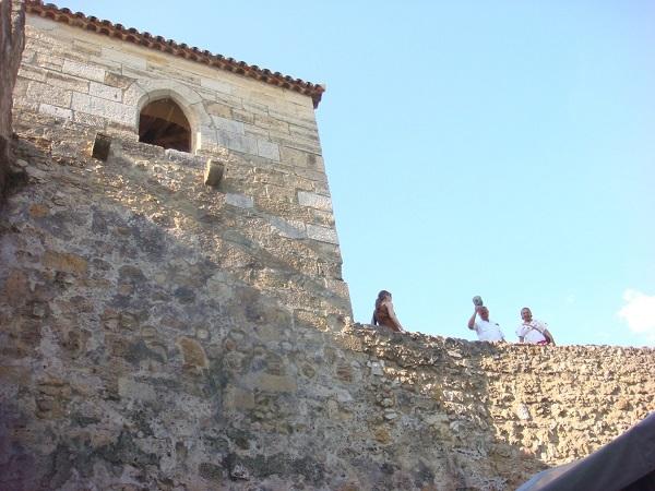 César y Carito en el Castillo de San Jorge.