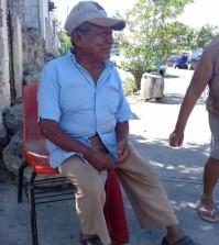 Recuerdos memorables de don Pablo Uc Euán, vecino de la colonia López Portillo. (Foto de Juan José Caamal Canul.)