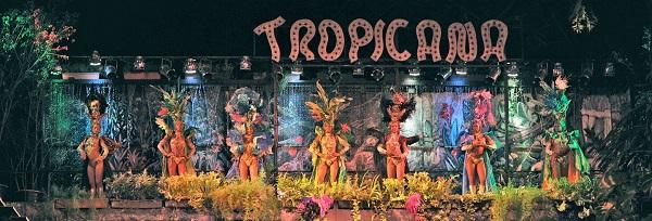 Entrada al cabaret Tropicana en Cuba.