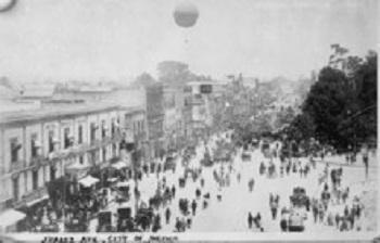 Av. Juárez en 1910.